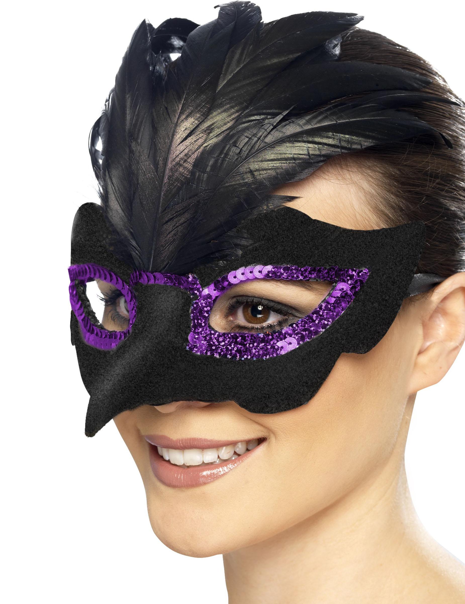 La máscara de la alheña para la persona de la propiedad y