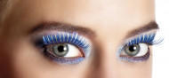 Pestañas postizas azules y plateadas