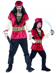 Disfraz de pareja piratas padre e hijo