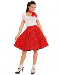 Falda y pañuelo rojo puntos años 50 mujer