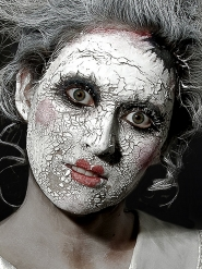 Maquillaje cicatriz piel blanca