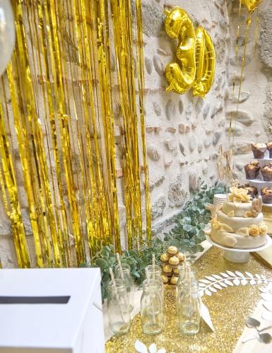 Cortina dorada con brillos-2
