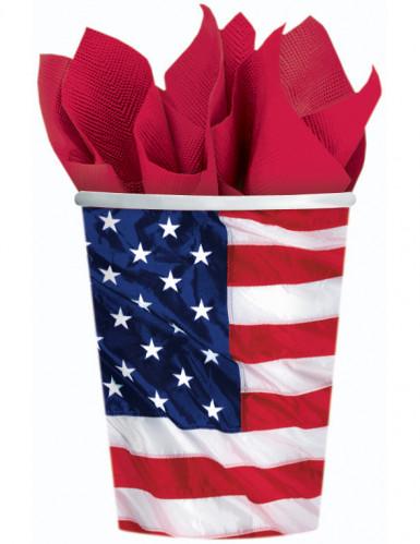 Vasos con la bandera de EE.UU.