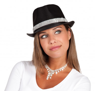 Sombrero con perlitas