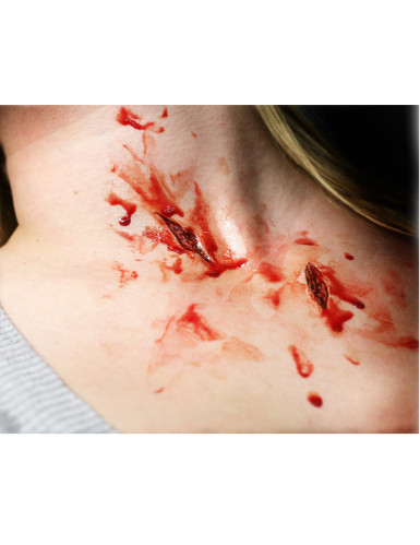 Heridas rasguños aplicación con agua
